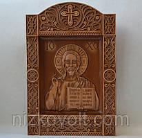 Резная икона из дерева Спас Вседержитель или Пантократор (240х355х36) в киоте Б