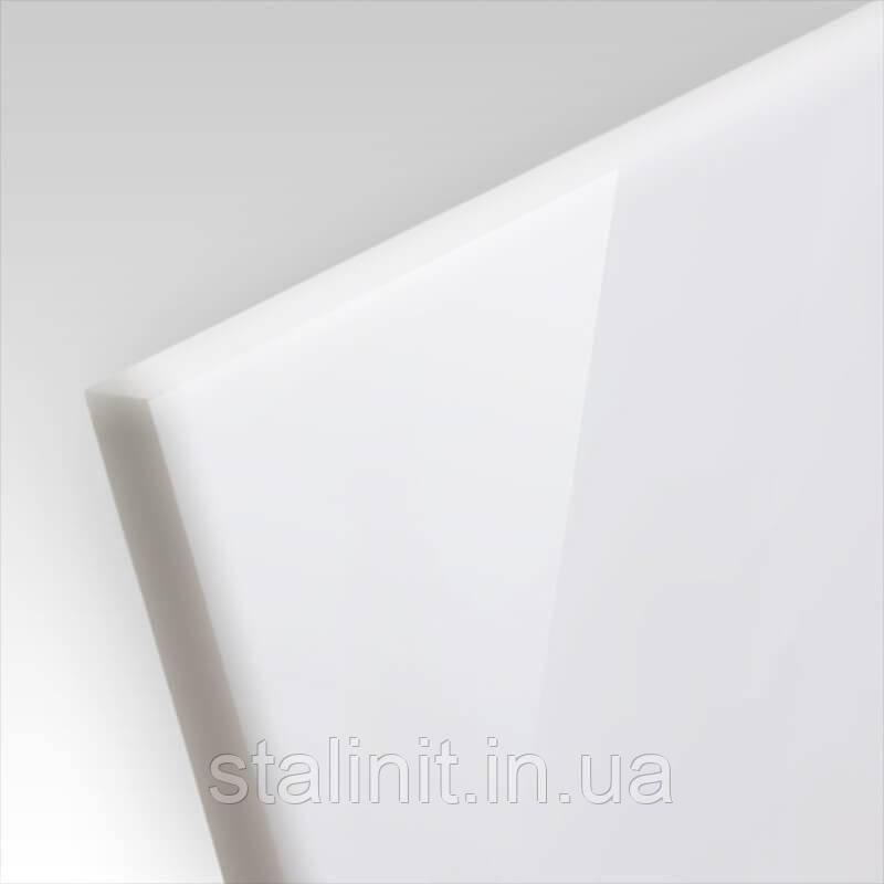 Акриловый пластик s=2,7 мм