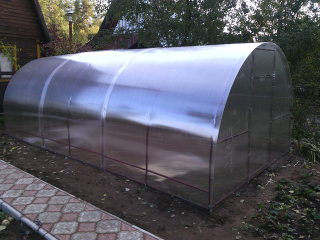 купить поликарбонат ультрамарин в Украине, доступные цены