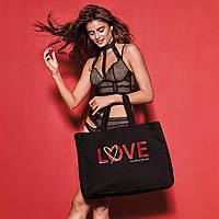 Сумка Victoria's Secret чёрная с надписью LOVE