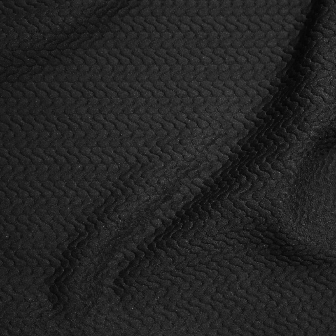 Стеганный трикотаж черный D-5203