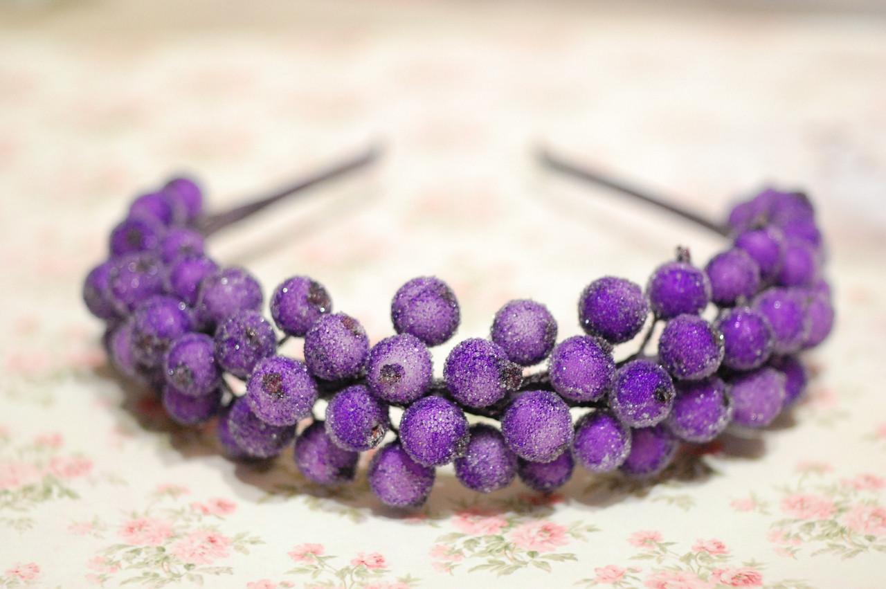 Обруч для волос с ягодами калины фиолетовый  / ободок на голову / украшение для волос