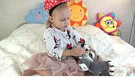 Как выбрать мягкую игрушку для ребенка ?