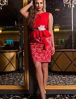 Нарядное и очень красивое платье большого размера 50-54  короткое до колена красное