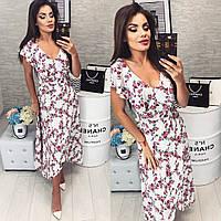 Нарядное, длинное платье на запах,с брошью  модель 111, принт мелкие красные цветочки на белом фоне