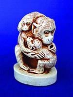 Нэцкэ из гипса Цунь-у Кун(с детьми)