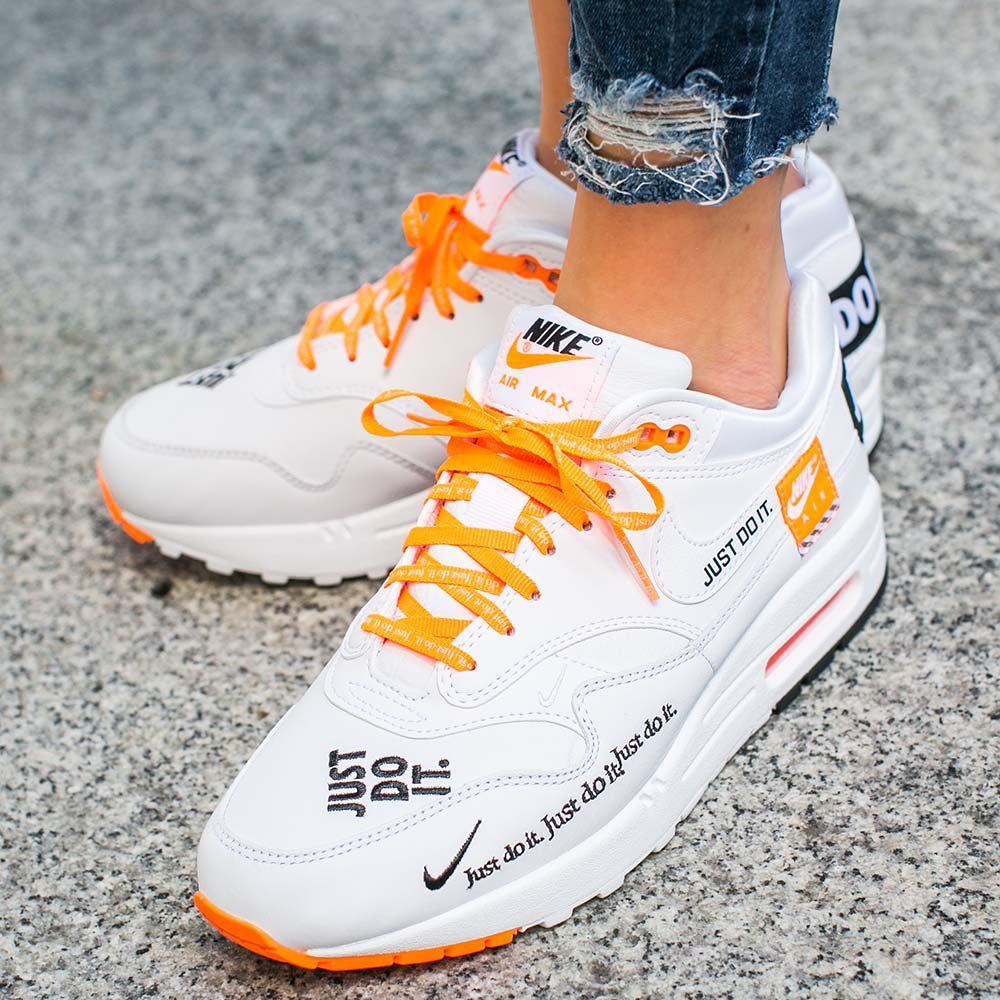 7851718f Оригинальные женские кроссовки Nike Air Max 1 LX: продажа, цена в ...