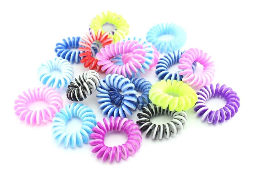 """Резинка для волос разноцветная спираль """"Провод от телефона"""" Фуксия"""