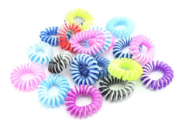 """Резинка для волос разноцветная спираль """"Провод от телефона"""""""