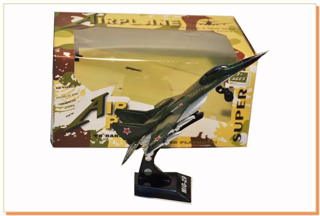 Коллекционный самолет на подставке MiG-29 (металлический) 6588A-(1/2).