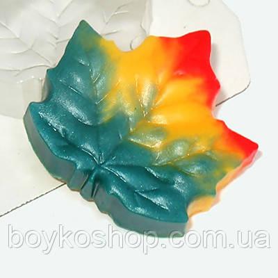 Форма для мыла пластиковая Кленовый лист