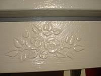 Нанесение декоративной штукатурки Лепнина на мебели