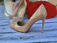 Женские туфли CHRISTIAN LOUBOUTIN