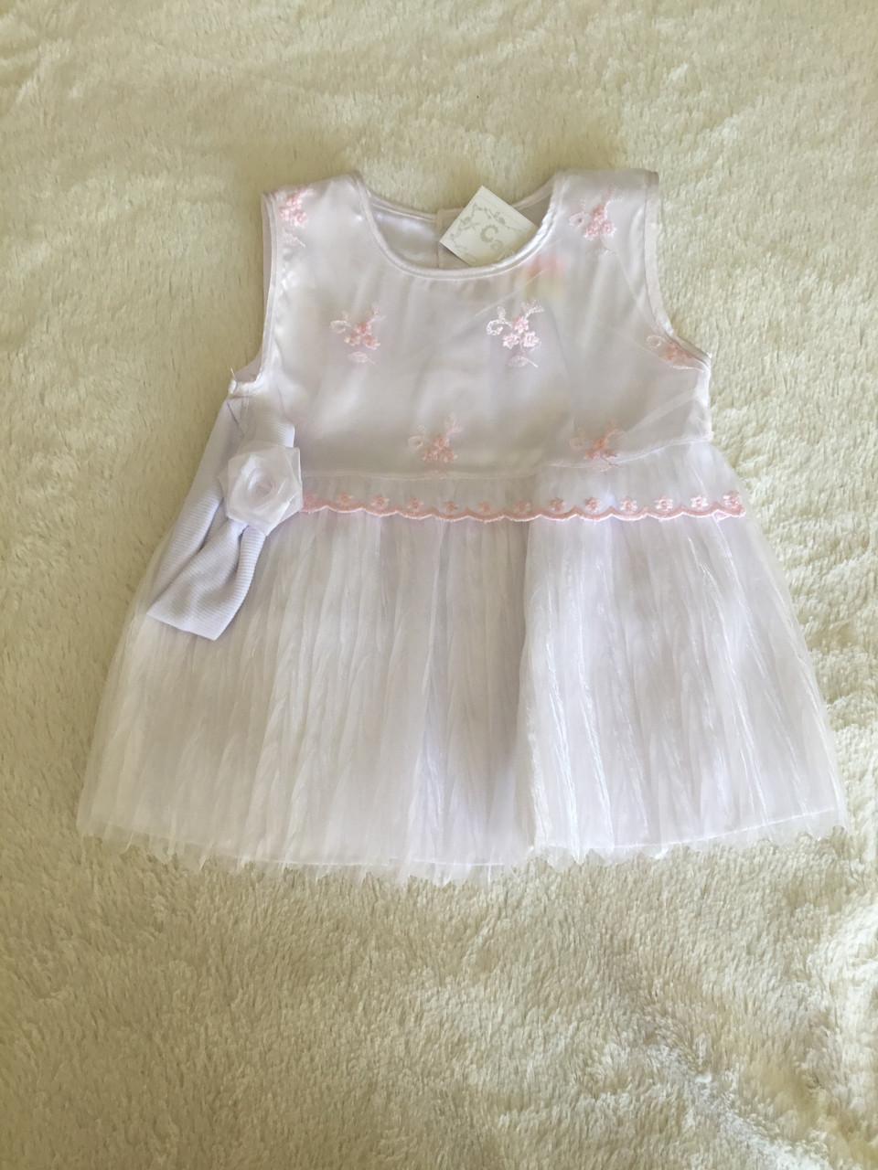 Красивое платье для девочки с повязкой на лето в нарядном стиле