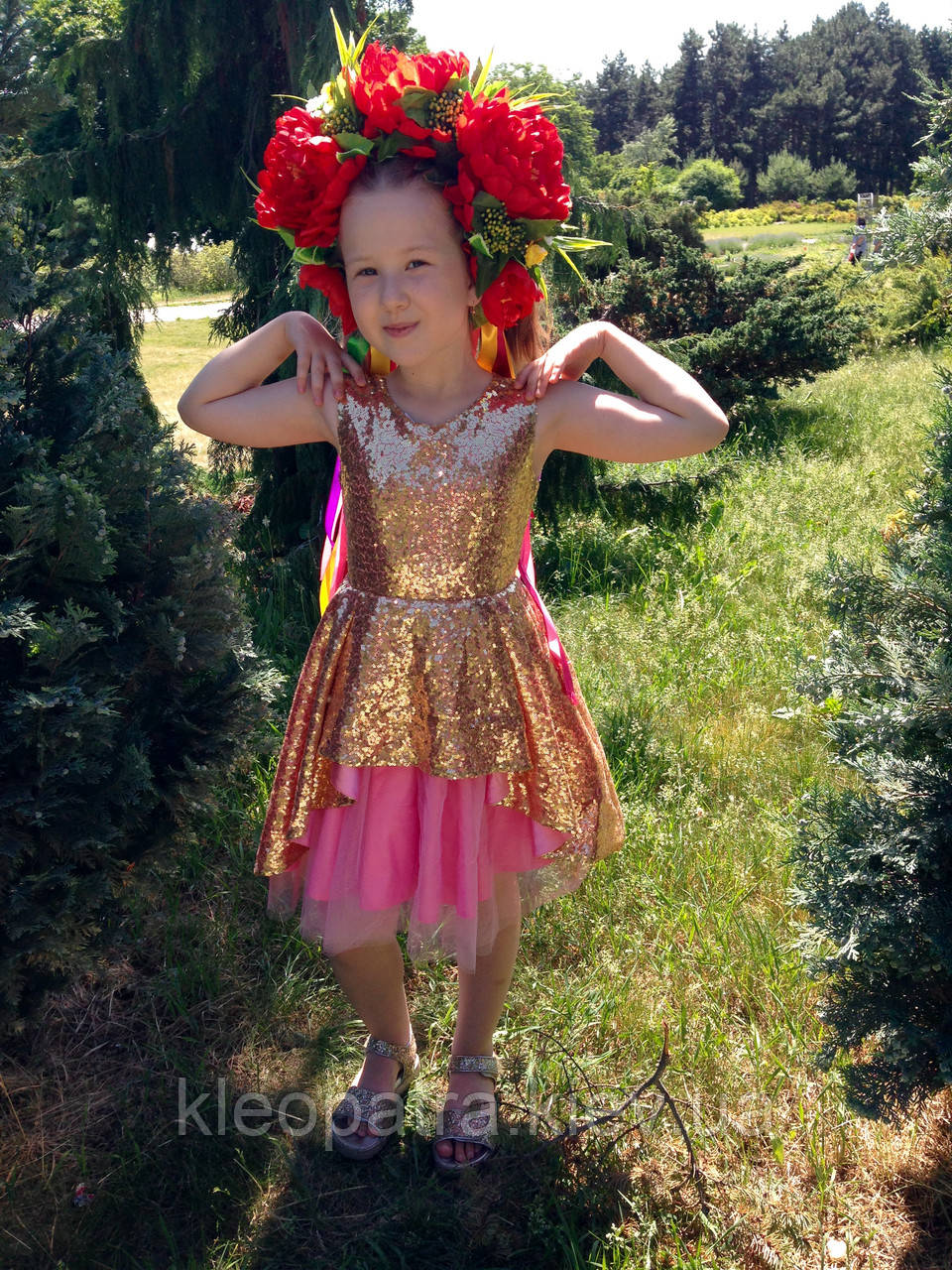 Нарядное платье для девочки супер золотое с розовым