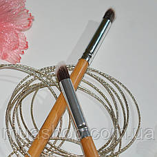 Угловая кисть для нанесения теней EVERYDAY MINERALS Angled Shading Eye Brush, фото 3