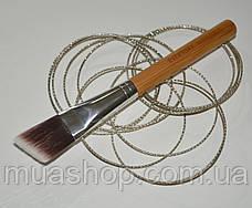 Угловая кисть для контуринга EVERYDAY MINERALS Angled Face Brush, фото 2