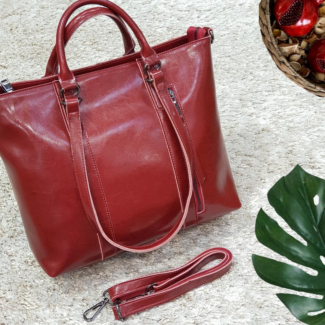 Женская  красная сумочка из натуральной кожи