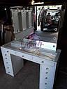 Стол  визажиста с витриной на столешнице, гримерный столик, зеркало с подсветкой, белый, фото 7