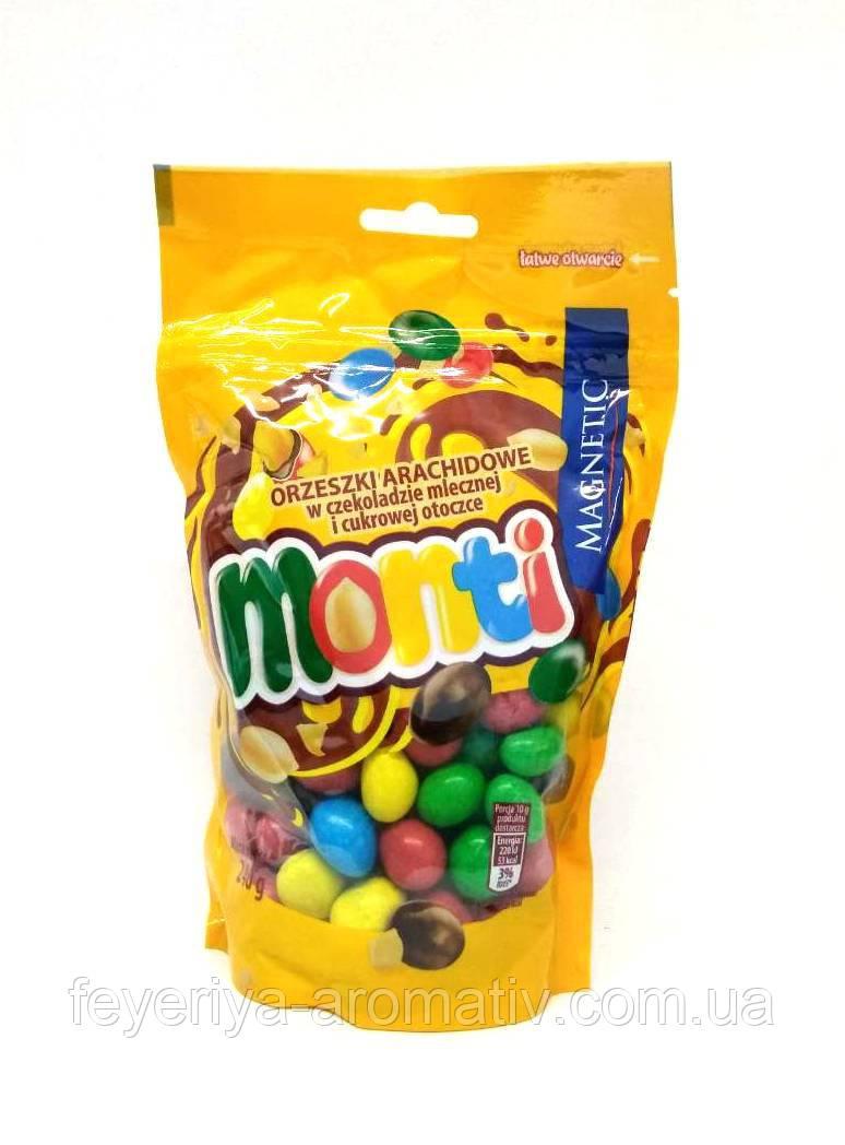 Арахис в шоколадной глазури Monti 240 g (Польша)