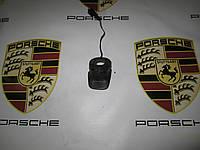 Кнопка открытия заднего стекла Porsche Cayenne 955, фото 1