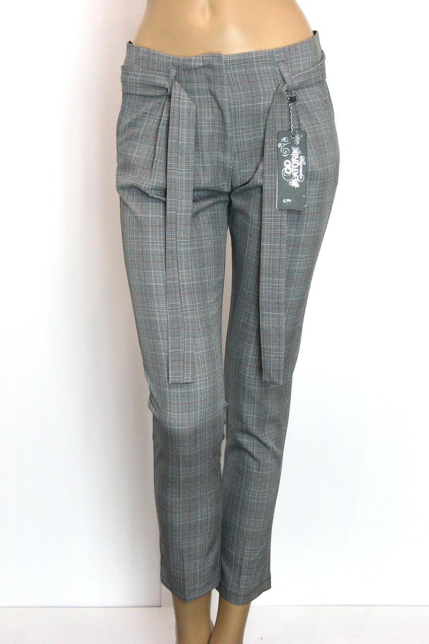 Жіночі класичні брюки в клітинку Platonik