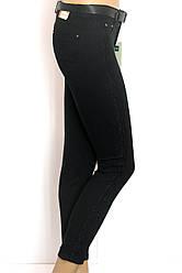 Жіночі чорні штани з вишивкою Estensivo