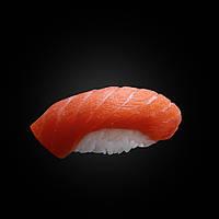 Нігірі з лососем