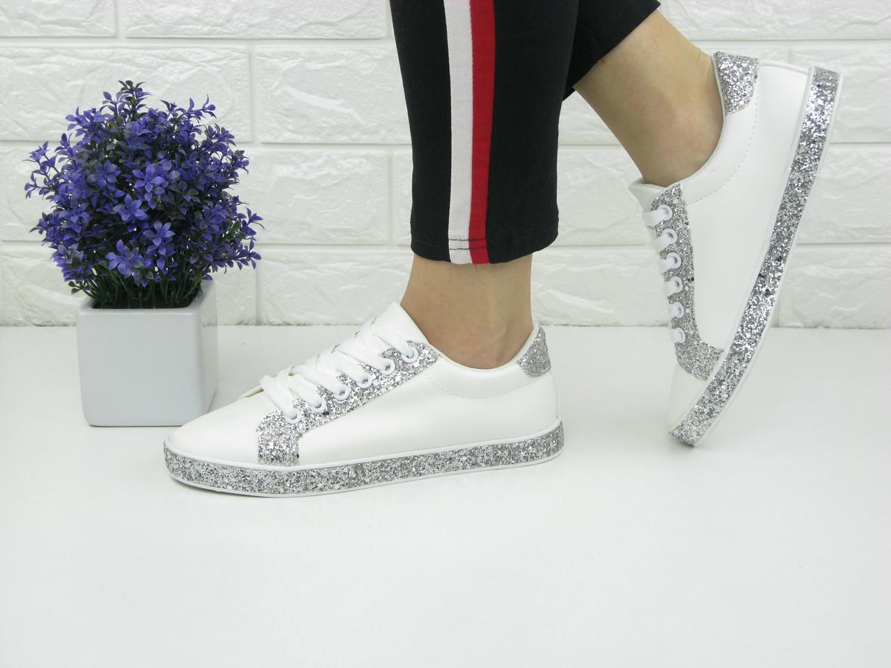 Я в шоке!™   Стильные женские кроссовки Viktoria белые 1060. Цена ... da314a93ef1