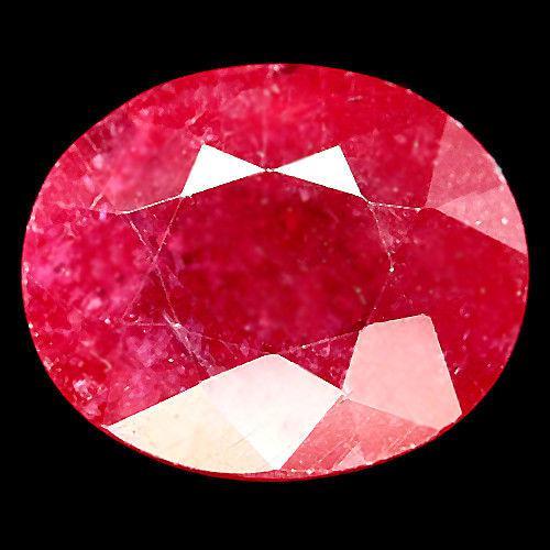 11.07 кт. Природный рубин овал 13.5 х 11.5 мм.