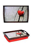 Поднос на подушке с ручками BST 48*33 коричнево-красный Сердечко