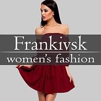 Зачаровує образ в плаття з відкритими плечима. Frankivsk Fashion