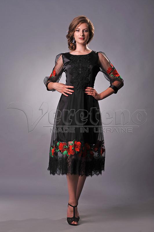 Чорне вишите жіноче плаття з розами bafd2aac3712a
