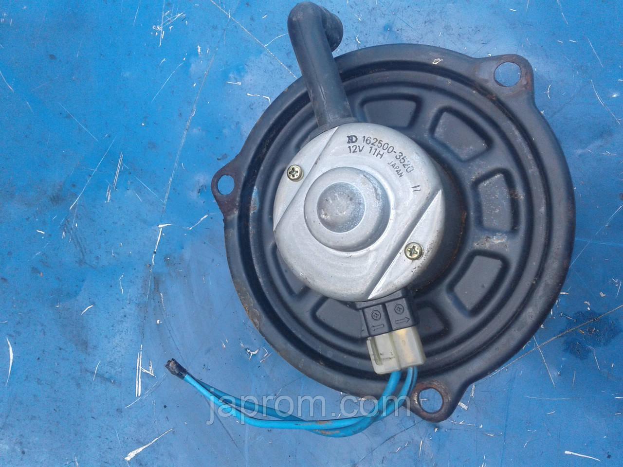 Моторчик печки мотор вентилятор печки отопителя Mazda 626 GD 1987-1991г.в.