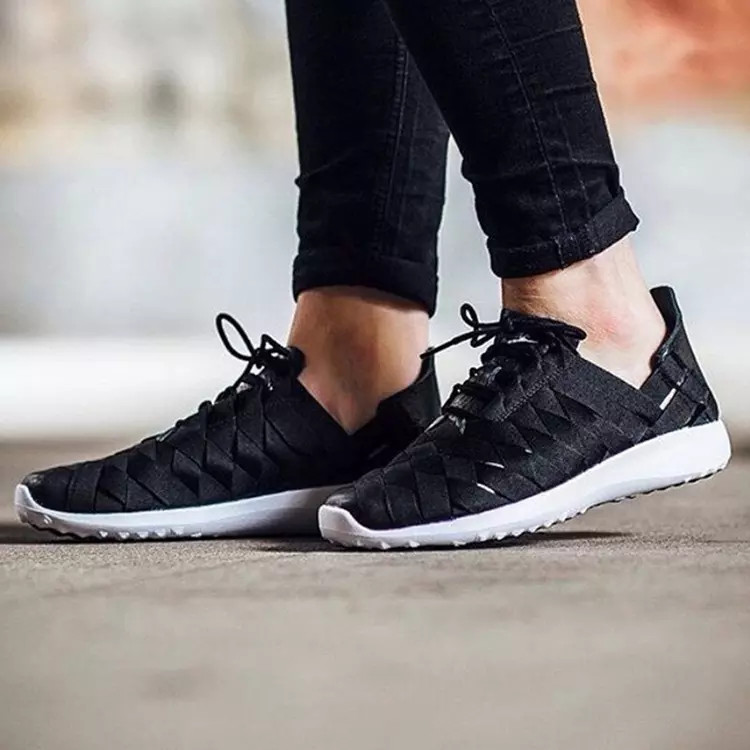 Женские Кроссовки Nike Juvenate Woven 833824-001  (Оригинал)