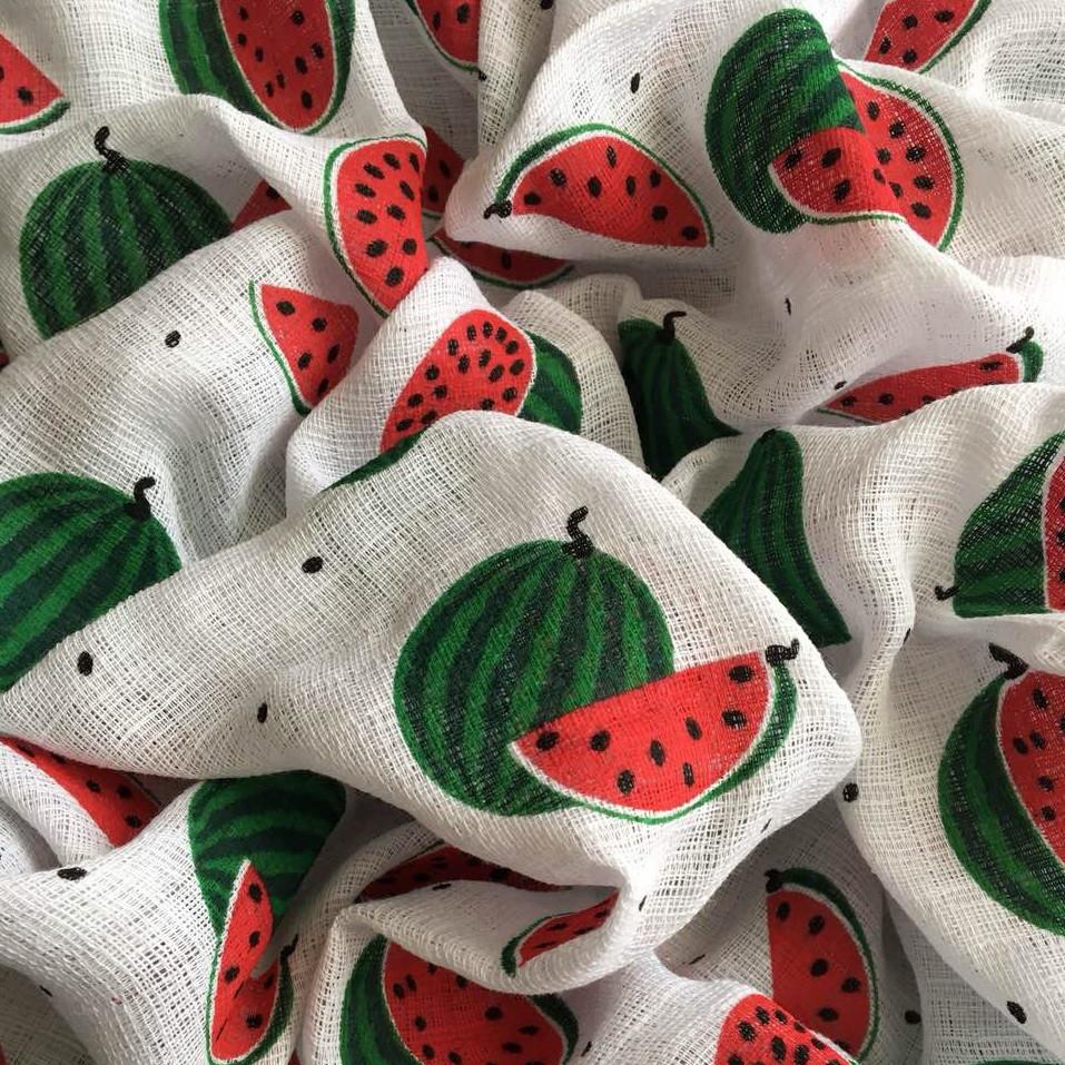Муслин для пеленок арбузы красно-зеленые на белом