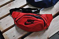 Бананка Nike красный черный лого (РЕПЛИКА)
