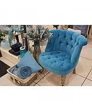 Кресло велюровое голубое