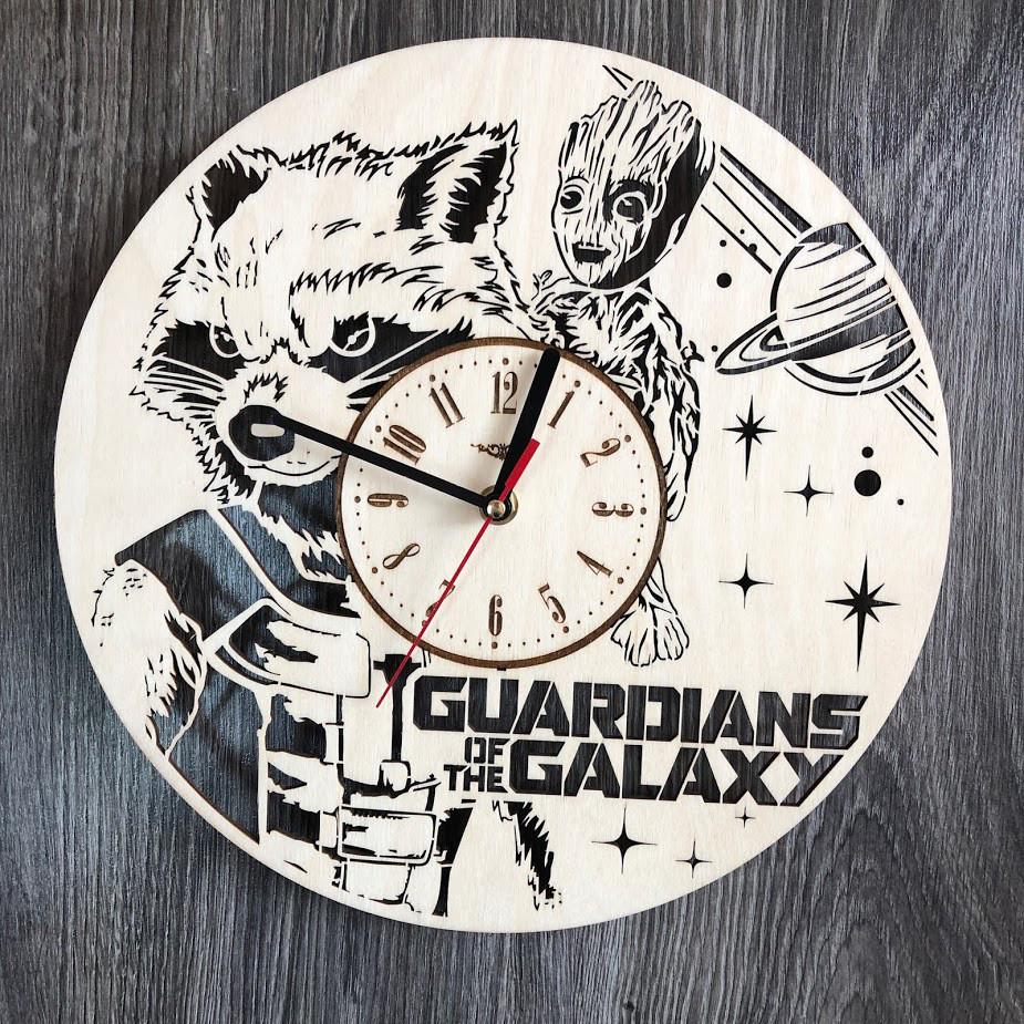 Оригинальные настенные часы из дерева «Стражи Галактики»
