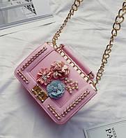 Товар с дефектом!Маленькая розовая сумочка кроссбоди в стиле Chanel