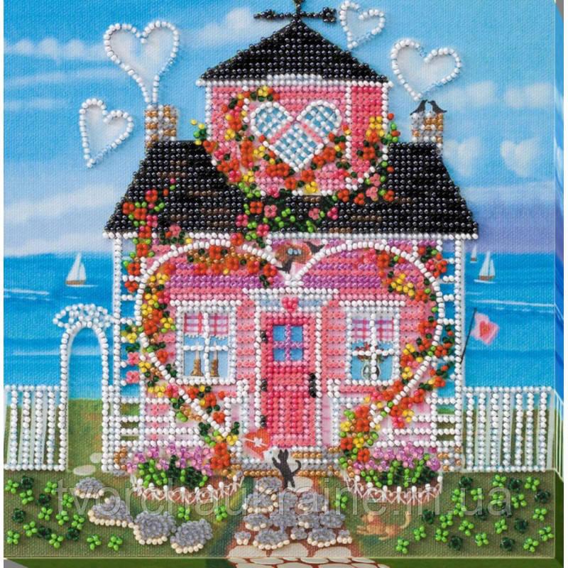 """Набор-миди для вышивки бисером на натуральном художественном холсте """"Там, где живет любовь"""""""