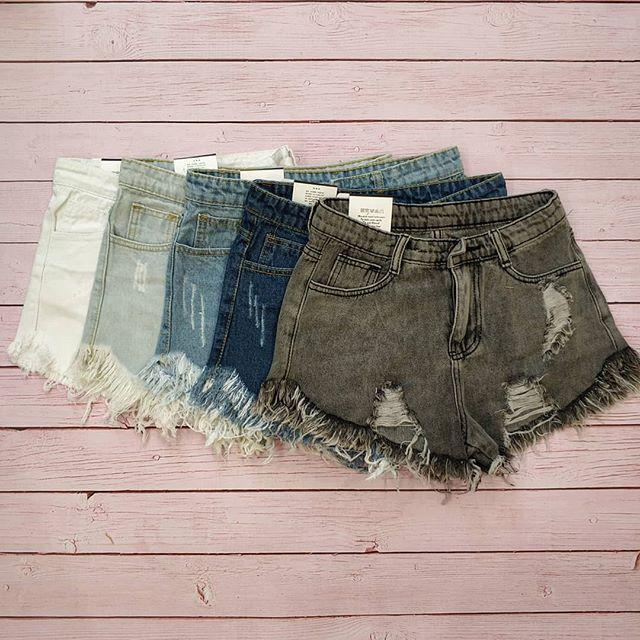 Шорты джинсовые с высокой посадкой  цвета в наличии рваные порванные