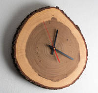 Часы на стену из спила дуба