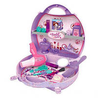 Набор косметики для девочек в чемоданчике