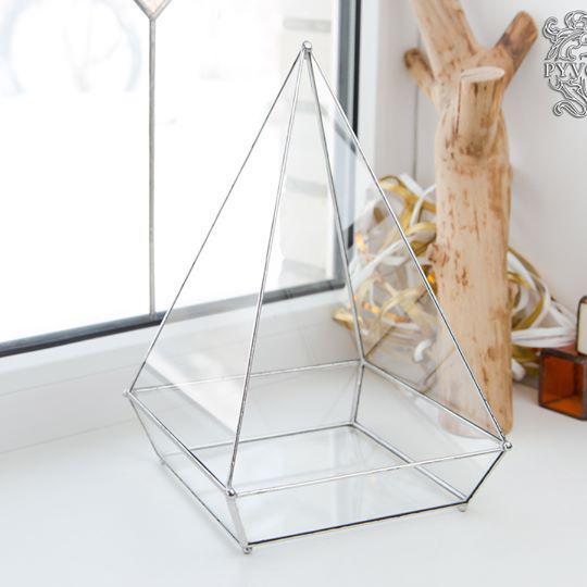 Флорариум Пирамида в технике тиффани