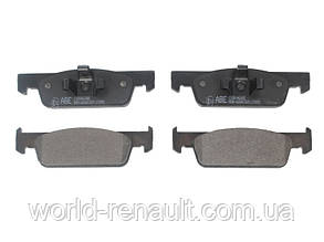 Комплект передних тормозных колодок на Рено Логан 2, Сандеро Stepway 2/ ABE C1R046ABE