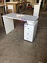 Маникюрный стол под стеклом и с тройной розеткой, фото 4