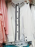 Блуза  школьная с жемчужными бусинами для девочки оптом