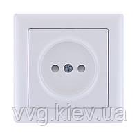 Розетка без з/к с з/ш серия BOLERO (белый) РС01-02-0-ББ IEK