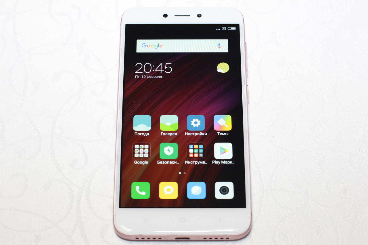Б/у Смартфон Xiaomi redmi 4x pink 2/16Gb